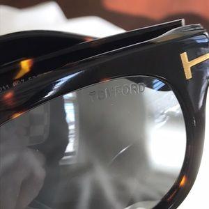 6644cc73e7a Tom Ford Accessories - Tom Ford Unisex Cary Sunglasses Wayfarer Tortoise